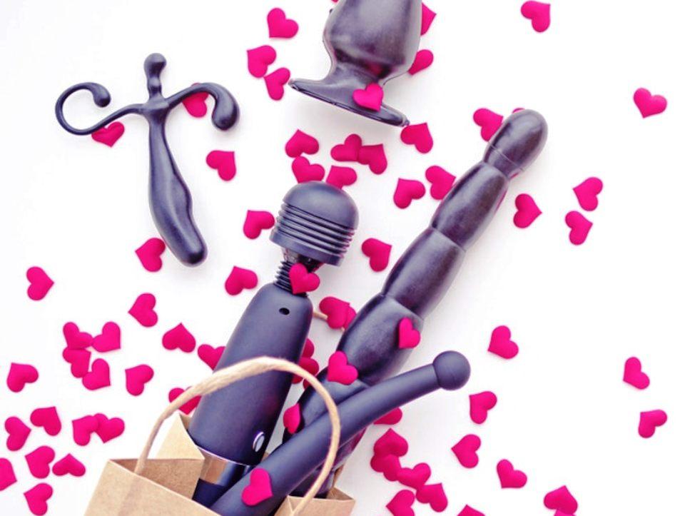 november-4-sex-toy-day